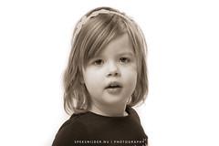 Ivy (Manuel Speksnijder) Tags: ivy girl meisje portret portrait blondehair blondhaar kid kind kids kinderen sepia browneyes bruineogen canoneos5dmarkiii ef24105mmf4lisusm canon