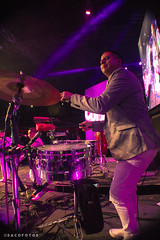 La Maquina del Tiempo - La Cumbia (SACO FOTOS) Tags: la cumbia fiesta festival bailar saltar maquina del tiempo caupolican teatro tropikal
