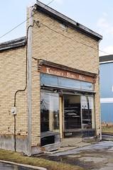 Kassian's Stove Shop (35mm film) (Richard Pilon) Tags: urban building kodak 35mmfilm ny film kodakgold canonae1 massena canonslr 35mm kodakgold200 slr newyorkstate