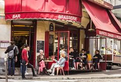 PARIGI. IL CAFE' DES 2 MOULINS (FRANCO600D) Tags: parigi paris brasserie bar buffetchauds buffet caffè cafe cafedeamelie cafè des 2 cafèdesdeuxmoulins ruelepic francia france centrocittà centrostorico pigalle restaurant ristorante bistrot metropoli audreytautou ilmondodiamelie ilfavolosomondodiamelie film turismo clienti canon eos600d sigma franco600d