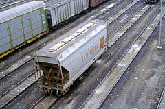 CB&Q Class LO-7 184284 (Chuck Zeiler) Tags: cbq class lo7 184284 burlington railroad covered hopper freight car cicero train chuckzeiler chz
