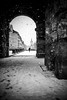 Portal (Black&Light Streetphotographie) Tags: mono monochrome menschen menschenbilder wow winter people personen portrait trier tiefenschärfe son streets streetshots wintertime city fullframe vollformat dof