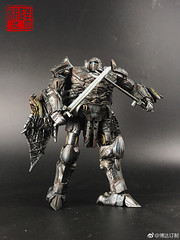 0066KUpAgy1fk2lbh2mztj32c0340hdw (capcomkai) Tags: tlk thelastknight dragonstorm transformers knight autobot boda