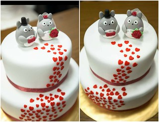 Real wedding photo -- handmade Totoro トトロ bride and groom wedding cake topper, characters wedding cake decoration ideas