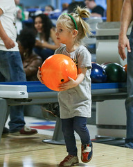 2018_Zoey_Bowling-18 (Mather-Photo) Tags: 2018 andrewmather andrewmatherphotography bowling candid canon children environmentalportraits family girl gladstonebowl green indoors inside kansascityphotographer matherphoto neice people photography portrait saturday sports sportsphotography stpatricksday zoeygrace zoeymccracken child cute fun kid