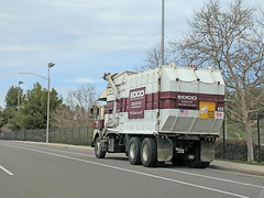 Edco Truck 3-20-18 (Photo Nut 2011) Tags: california sanitation wastedisposal waste garbage trash trashtruck garbagetruck refuse junk truck edco poway sandiego 625