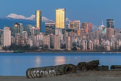 PNW Style 🐚🏣 Vancouver, BC (Michael Thornquist) Tags: spanishbanks spanishbanksbeach spanishbankseast beach sand lifeguard lifeguardstation log englishbay barge englishbaybeach shangrila shangrilahotel shangrilavancouver trumptower trumpvancouver skyscrapers bluehorizonhotel cityscape mountains snowcapped snowcappedmountains goldenears edgepeak blanshardpeak vancouverphotos vancouver britishcolumbia dailyhivevan vancitybuzz vancouverisawesome veryvancouver 604now photos604 explorecanada ilovebc vancouverbc vancouvercanada vancity pacificnorthwest pnw metrovancouver gvrd canada 500px