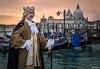 Venice. (_Anathemus_) Tags: gondola venice venezia italy italia carnival carnevale 2018 costume crown king nikon d750 sunset water architecture