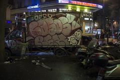 . (Le Cercle Rouge) Tags: paris france belleville 75011 graffititruck graff handstyles night darkness light dark rain pluie