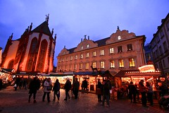 Chritmas Market in Würzburg (YY) Tags: germany würzburg christmasmarket stalls squre