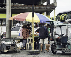 Discussion (Beegee49) Tags: street vendor cart bus depot bacolod city philippines