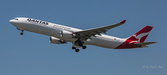 Airbus A330-303 (idunbarreid) Tags: airbus aircraft