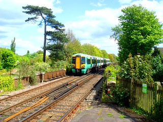 Southern 377413 leaving Emsworth on its way up to London Victoria