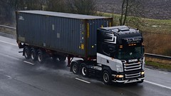 R500 JHT (panmanstan) Tags: scania wagon truck lorry commercial freight transport container haulage vehicle m18 motorway langham yorkshire