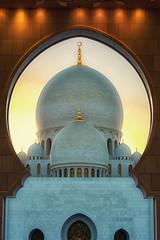 Sacred Dome (Wissam Chehade) Tags: uae abu dhabi sheikh zayed grand mosque
