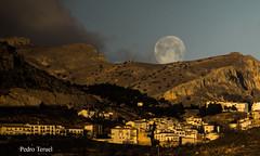 luna llena (pedrojateruel) Tags: vélez blanco luna llena almería andalucía cosina amanecer