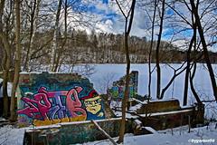 Am See (garzer06) Tags: schnee eis wolken baum deutschland landschaft landschaftsbild mecklenburgvorpommern landscapephotography landschaftsfoto inselrügen naturphotography landscapephoto insel rot weis blau rügen landschaftsfotografie