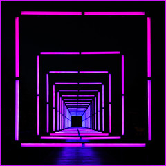 A Tunnel of Squares (devos.ch312) Tags: lightfestival tunnelview square squares light artificiallight pink blue sony a7rii a7rm2 ilce7rm2 zeiss fe35mmf28 perspective negativespace christinedevos