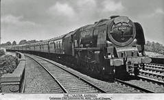 46242 on 'The Ulster Express' : 1950's (Brit 70013 fan) Tags: theulsterexpress ulsterexpress londonheysham belfast ireland ferry westcoastmainline british railways railway britishrailways londonmidlandscottishrailway lms lmsr northernireland princesscoronation 1960 pacific 46242 cityofglasgow