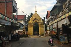 Battambang - Cambodia (Ron van Zeeland) Tags: battambang cambodia khmer asia temple tempel pagoda wat buddhism boeddhisme religion