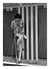mamma ad Ostia 1958 (30-31) (dindolina) Tags: photo fotografia family famiglia fifties blackandwhite bw biancoenero monochrome monocromo marialaviniabovelli mare history storia vintage italy italia roma rome ostia sea spiaggia beach 1958 1950s annicinquanta