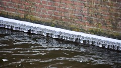 End of the cold (Michiel2005) Tags: oudesingel ijs ice water gracht canal leiden nederland holland netherlands