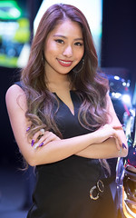 TAS2018 (byzanceblue) Tags: woman girl female beautiful asian japanese tokyoautosalon tas2018 d850 nikkor smile black