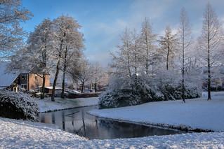2016-03 Winters in de woonwijken op Voorne-Putten - Hellevoetsluis/NL