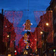 Christmas Lights [Strasbourg - 9 December 2017] (Doc. Ing.) Tags: 2017 france alsace grandest basrhin strasbourg upperrhine dusk sunset christmas christmasdecorations square christmaslights