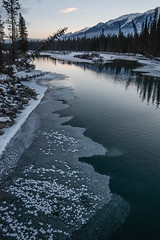 Kootenay River, Kootenay National Park, British Columbia. (Marie-Laure Even) Tags: 2017 amériquedunord arbre britishcolumbia canada colombiebritannique december décembre fjall forest forêt hiver kootenaynationalpark kootenayriver landscape marielaureeven montagne mountain nature neige nikond7100 northamerica paysage river rivière roadtrip snow travel tree voyage wild wilderness winter wood гора природа edgewater