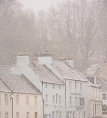Dunkeld bajo la nieve (Monica Fiuza) Tags: dunkeld escocia scotland snow town pueblo blanco white