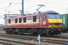 90037 at Wembley (Karel1999 Over Two Million views ,many thanks) Tags: wembley vlak zug locomotives trains railway railroad depot
