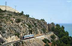 Atravesando la sierra (lagunadani) Tags: paisaje sierra de bernia serra altea fgv man 2500 tren trenet ferrocarril tram alicante marina baixa