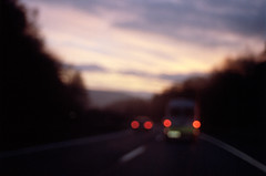 Autobahn (Florian Thein) Tags: autobahn highway nacht night abend evening dunkel dark himmel sky unschärfe blur blurred blurry unscharf rücklicht backlight film analog 35mm kleinbild canonf1 kodakportra
