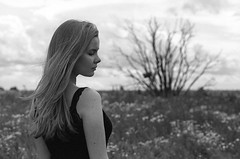 Listen to the whispers of your heart (Dmitriy Ryabov) Tags: canoneos1v canon1v canon dmitriyryabov canonef85mmf12liiusm 85 bw monochrome blackandwhite photo photography film analog portrait woman girl