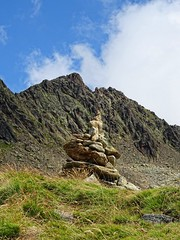 Cairn (Manon Ridet) Tags: hautesavoie rhônealpes montagne montblanc mountain massif randonnée rocher randonée france nature neige paysage promenade chamonix cairn