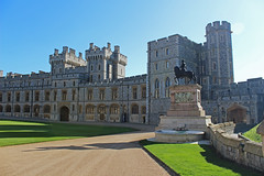 Windsor Castle, England (big_jeff_leo) Tags: castle royal palace english england medieval queen walls stone