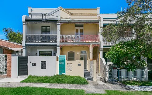 92 Ruthven St, Bondi Junction NSW 2022