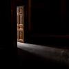 La porte des possibles (Dominique R.) Tags: porte door light lumiere suggerer