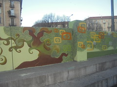 098 (en-ri) Tags: albero tree verde marrone arancione giallo torino wall muro graffiti writing