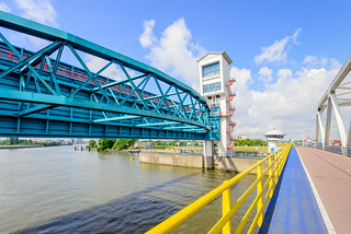 Algera bridge and storm surge barrier