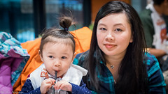 Mother and daughter (kuntheaprum) Tags: louisianaseafood louiloui seafoodrestaurant lobster clam garlicnoodle shrimp nikon d5300 sigma sigmaart 50mm f14