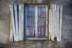 Window and shutters in deacy (Jan van der Wolf) Tags: 162420vmap 162420v shuttters blinden window raam old decay
