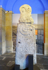 Estela estatua de Turbil s. III a.C. segunda Edad de Hierro estilo Iberico Museo de Navarra Pamplona (Rafael Gomez - http://micamara.es) Tags: estela de piedra con y museo navarra pamplona estatua turbil s iii ac segunda edad hierro estilo iberico entrada interior