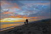 Explorando la playa (angelalonso4) Tags: mediterraneo castelldefels g1x markii atardecer family explore explorar nature paisaje paisage 100 4 125 silueta orange naranja beach detail full arena paysage españa costadorada ciel tabarnia