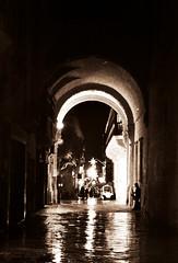 Night time saxophonist (DameBoudicca) Tags: malta malte マルタ valletta lavaleta lavalette lavalletta バレッタ night natt nacht notte nuit noche 夜 rain regn regen lluvia pluie pioggia 雨 あめ saxophonist saxofonist saxophoniste