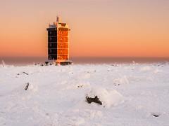 Top of the Brocken Harz Sunset (Photo.Nartschik) Tags: sky skyporn nature landscape landschaftsschutz naturschutz sonnenuntergang sunset harz natur landschaftsfotografie landschaft brocken