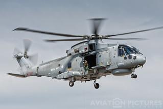 AgustaWestland EH101 Merlin HM1 ZH832