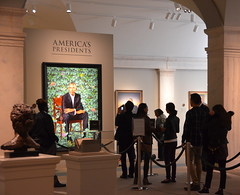 Waiting to view Obama (afagen) Tags: washington dc washingtondc districtofcolumbia nationalportraitgallery museum smithsonian smithsonianinstitution reynoldscenter artmuseum portrait barackobama kehindewiley dcist