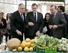 Mariano Rajoy visita la exposición con miembros del EPP (Partido Popular) Tags: rajoy marianorajoy estebangonzalezpons isabelbonig teresajiménezbecerril miguelariascañete epp pp partidopopular valencia